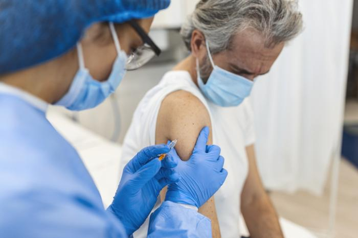 UK Recommends COVID-19 Booster Shots for People Over 50